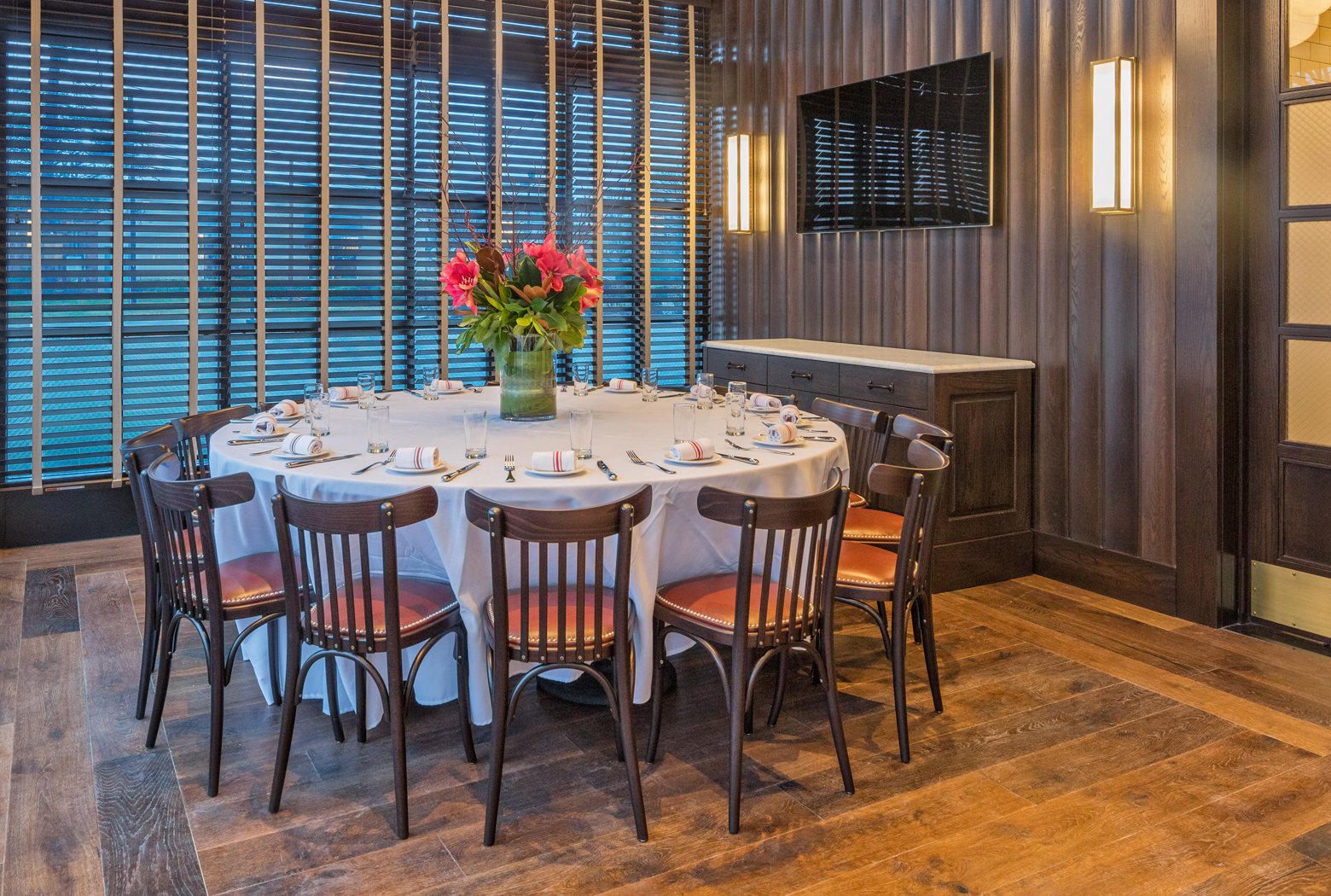 Bryant Private Dining Round Table