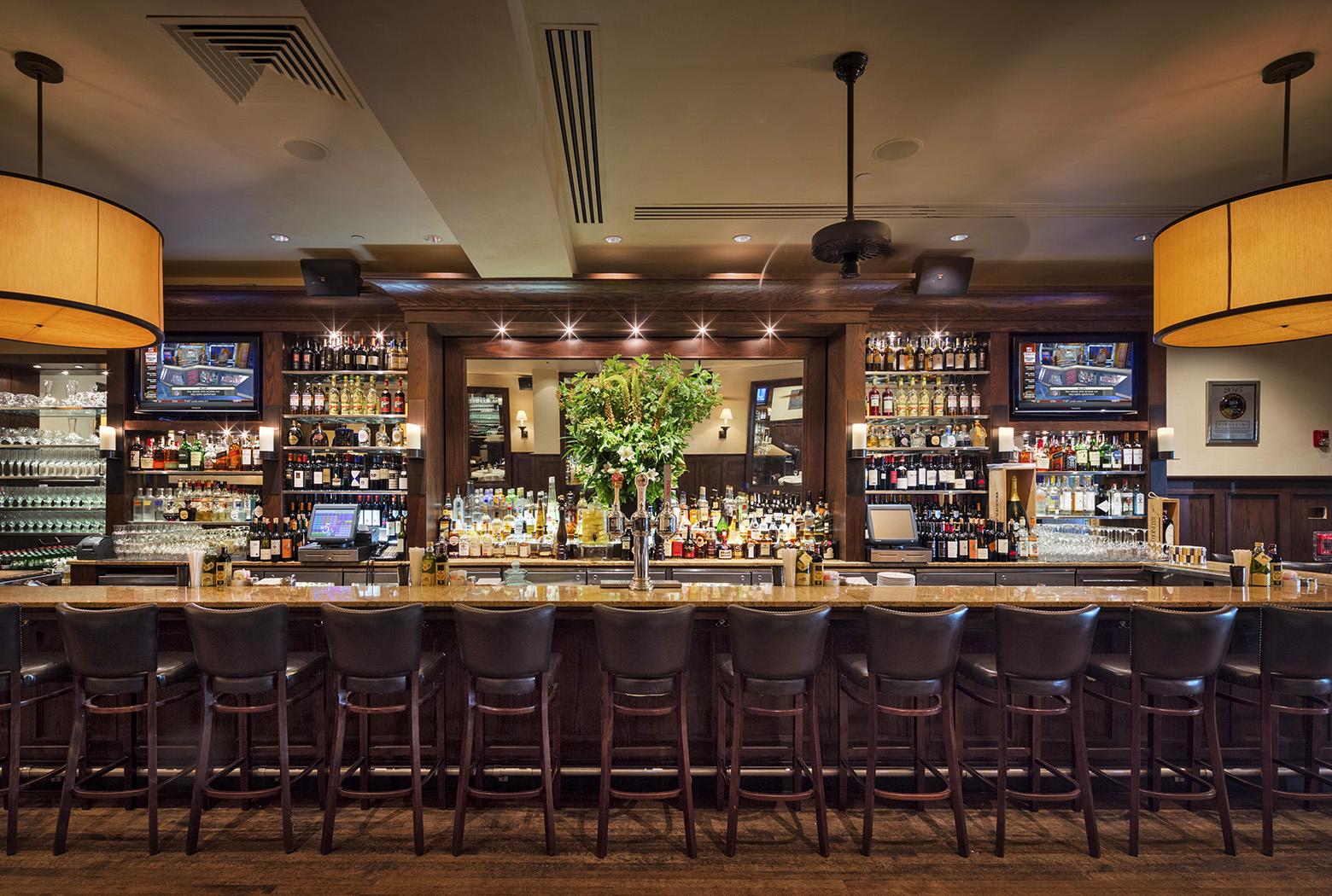 Hook up bars Long Island Cosplay vitesse datant